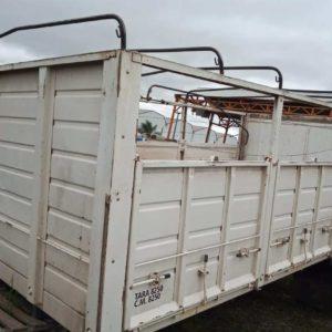 Carrocería Barandas Volcables – Usada – INT 152